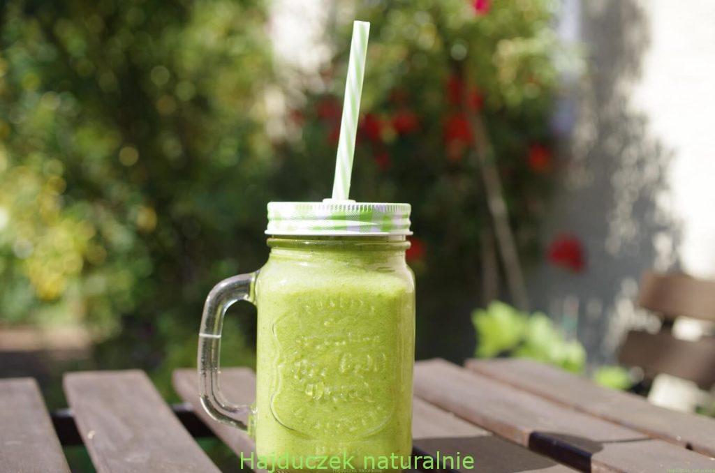 zielony koktajl z magnezem
