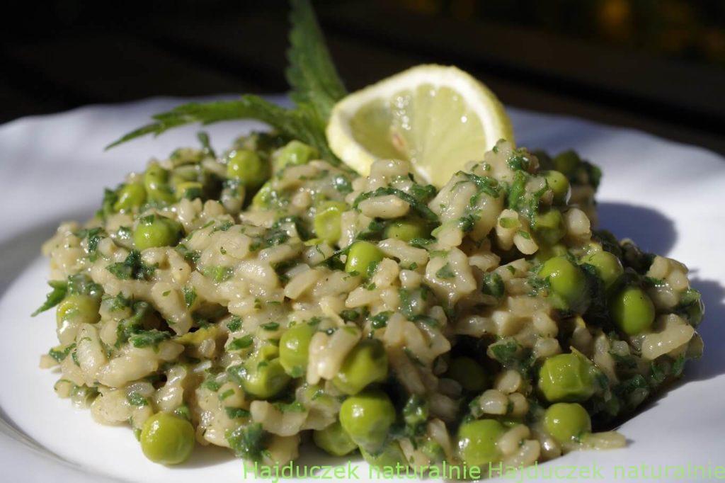risotto z pokrzywami