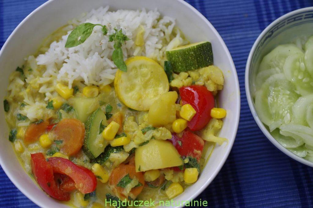 curry z kukurydzą