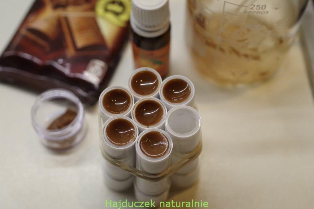 czekoladowy balsam do ust