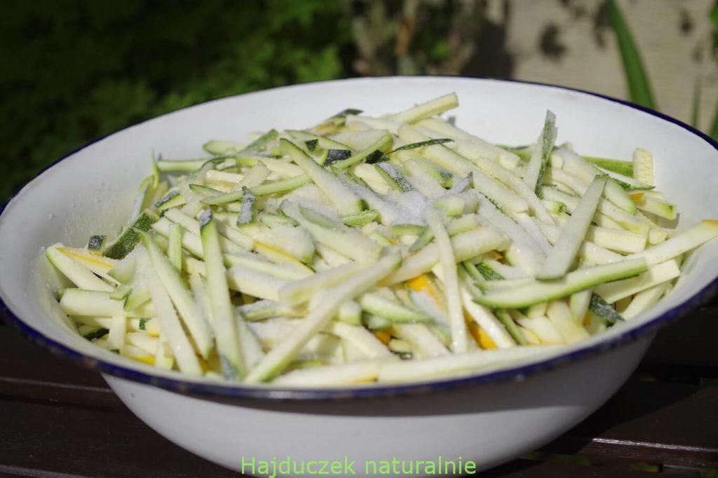cukinia w oliwie