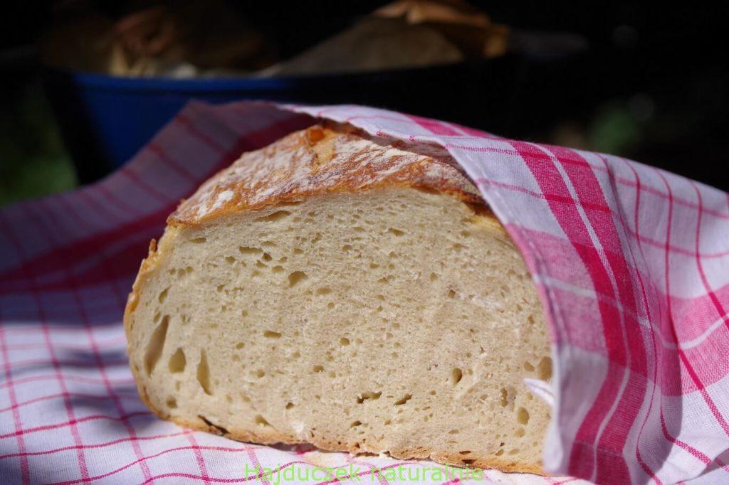 jasny chleb orkiszowy